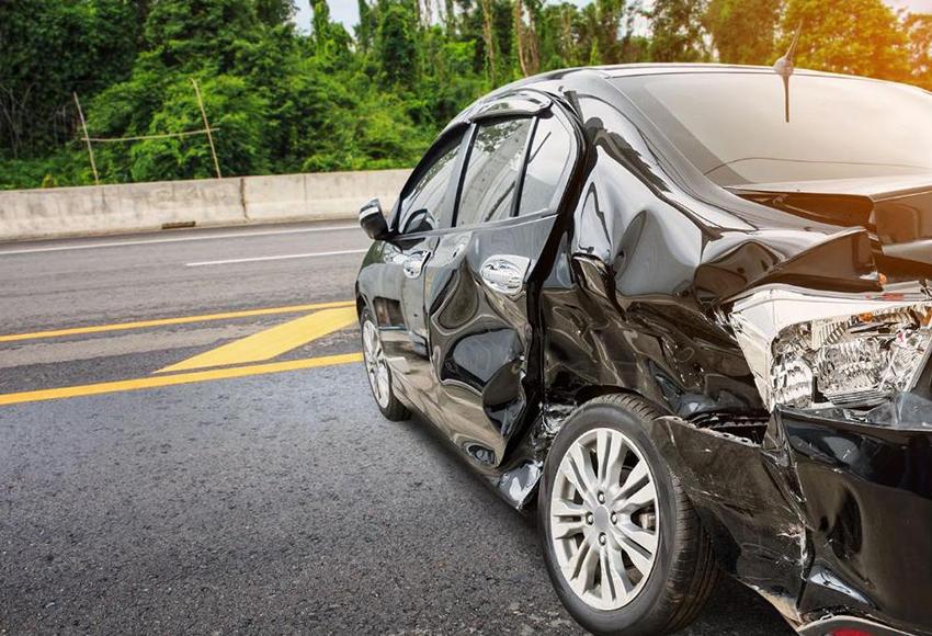 Vị trí ngồi trên xe ô tô nào an toàn và nguy hiểm nhất?